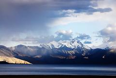 Tso Moriri. (Prabhu B Doss) Tags: travel sunset india lake snow water photography nikon fresh tso leh ladakh tsomoriri mahe korzok moriri himalays d80 chumathang prabhub prabhubdoss karzok zerommphotography 0mmphotography