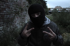 mury p (major kuts) Tags: west canon eyes bradford fuck you yorkshire 7d p 20mm usm balaclava f28 wy dtts mury majorkuts