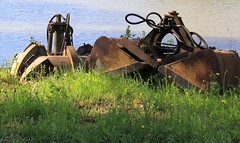 (Linda6769) Tags: germany pond village thuringia shovel digger brden