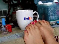 FedEx & Nail Polish (pacheweychomp) Tags: polish nails arrow nailpolish fedex varnish federalexpress