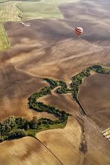 serpiente (Zu Sanchez) Tags: travel canon sevilla ride balloon flight vertigo andalucia andalusia altura globo vuelo balloonride vueloenglobo gloobo fleursetpaysages zúsánchez zusanchez hayotrasevilla