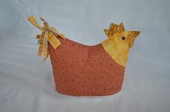 Peso de porta (Mimos & Presentes) Tags: galinha porta presente tecido