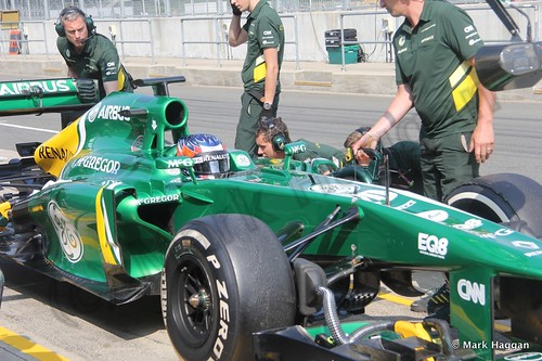 Will Stevens has a pit stop during Formula One Young Driver Testing at Silverstone, July 2013