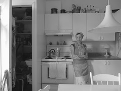playing at Sherman - 1 (sonyacita) Tags: blackandwhite kitchen self utata:entry=1 utata:project=homagesherman