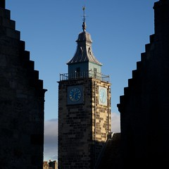 Stirling Tolbooth (itmpa) Tags: roof tower clock canon square scotland stirling silhouettes bluesky belfry crop cropped leaded gables johnstreet gable 1700s broadstreet 6d tolbooth crowsteps ogival 17035 sirwilliambruce stirlingtolbooth canon6d tomparnell crowsteppedgables itmpa ihbc archhist harrylivingstone johnchristiewright ihbcscotland branchtrainingday
