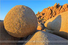 Jumbo Rocks, Joshua Tree NP - California - USA (~ Floydian ~ ) Tags: california sunset canon landscape photography evening nationalpark rocks dusk joshuatree boulders jumborocks floydian canoneos1dsmarkiii henkmeijer