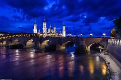 Zaragoza - Basilica del Pilar (Zamana Underground) Tags: sky color puente noche basilica zaragoza cielo piedra época