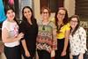 Grupo de voluntárias do projeto, na sequência: Leticia Borges (fotógrafa), Patrícia Macedo, Amanda Silva, Paula Homero e Ana Paula Corrêa (fb.com/projetogirassolpoa) Tags: projetogirassol lardaamizade caridade voluntariado trabalhovoluntário meninas voluntárias leticia borges