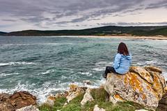 Costa da Morte (PacotePacote) Tags: galicia galiza spain espaa finisterre fisterra acantilados rostro praia playa beach mar ocano atlntico athlantic ocean seascape landscape paisaxe paisaje marina olas otoo
