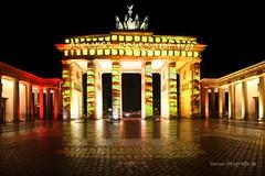 Berlin leuchtet 2016 - 6 Brandenburger Tor (Pinky0173 (thrun-fotografie.de)) Tags: berlinleuchtet brandenburgertor berlin 2016 festivaloflights nacht nightspiegelung thrunfotografiede pinky0173 canon