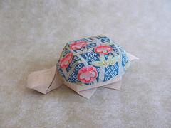 Tortoise-shaped receptacle by Mr. Yoshihisa Kimura (Chouett'origami) Tags: origami box tortoiseshapedreceptacle bote tortue tortoise yoshihisakimura noa origamiboxes
