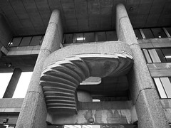 Rudolf terrace stairs (iMatthew) Tags: brutalism brutalistarchitecture architecture bostonarchitecture boston governmentcenter bw