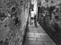 Walls that see~ Xitang (~mimo~) Tags: watertown china wall mobilephotography mobile shotoniphone7 iphone7 blur movement blackandwhite bicycle xitang