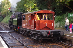 IMGP5788 (Steve Guess) Tags: alton alresford ropley hants hampshire england gb uk train railway engine loco locomotive heritage preserved queen mary sr brake van guards