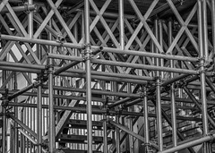 Scaffolding (Rob Jennings2) Tags: bracknellregeneration scaffolding scaffold pipes building bracknell bracknelltowncentre