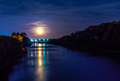 Shoot for the Moon (Wolf_UrbanXposure) Tags: moon moonlovers moonshot fullmoon moonreflection waterreflection reflection nightreflection longexposure longexp slowshutter lazyshutter nightphotography nightimage nightshot nightshooters night nightphoto cloud cloudporn cloudlover cloudscape skyscape landscape nature naturelover naturephotography natureseeker midwest stl saintlouis stlouis missouri river riverreflection 35mm d7200 nikon lunatics luna naturesgallery natureshot