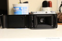 and the film goes here! (dheeruparu) Tags: voigtlander bessa ii 6x9 medium format film color skopar 105mm 35 range finder