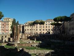 Largo di Torre Argentina - Roma - Italia (altotemi) Tags: largo di torre argentina roma italia
