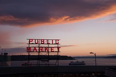 Publicmarket (K 3 N N Y) Tags: seattle street sunset ferry washington northwest farmersmarket pike pikeplace publicmarket d90 nikond90
