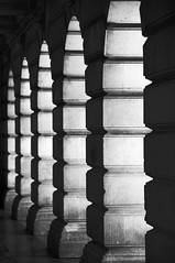 Stone colonnade (Bee Stop) Tags: city nottingham light urban building stone architecture arches shaddow classical
