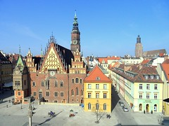 Wroclaw's ratusz / Rathaus (town hall), Poland (Frans.Sellies (off for a while)) Tags: germany deutschland poland polska polen rathaus tyskland allemagne polonia wroclaw duitsland rynek pologne wrocaw silesia  breslau  polsko  ratusz  vratislavia wratislavia vratislav almanya niemcy breslavia  poljska polonya   boroszl  brassel  anpholainn        sam1075 vrotslv  brasloi