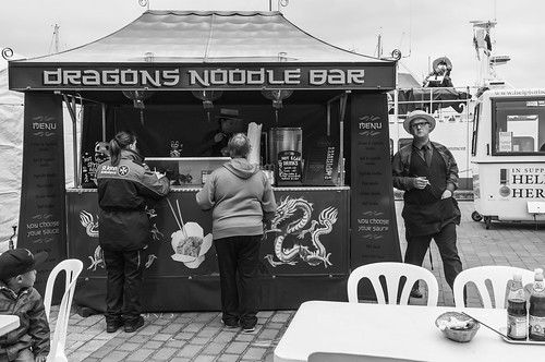 Dragon Noodle Bar