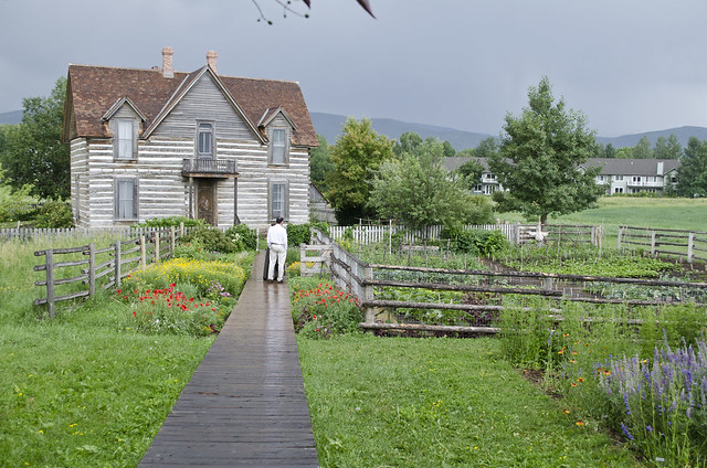 looking SE at house - Tinsley Living Farm - Museum of the Rockies - 2013-07-08