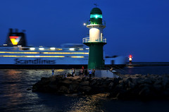 Warnemnde - lighthouses and ferry (dirklie65) Tags: lighthouse ferry germany deutschland warnemnde nikon nightshot rostock fhre leuchtturm d300 scandlines dirklie65
