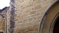 l'glise de Miramas-le-Vieux (Dominique Lenoir) Tags: door france church video puerta iglesia chiesa igreja porta porte vault provence kerk tr chapelle volta miramas deur drr capilla capela dr southfrance kapel ovi bouchesdurhne miramaslevieux 13140 dominiquelenoir