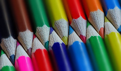 Coloured Pencils. (Yvette-) Tags: zigzag pencilcrayons macromondays nikkorf28105mm nikond5100