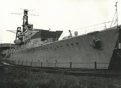 HMS Crossbow (hugh llewelyn) Tags: class destroyer weapon crossbow hms giantsgrave wardsscrapyardbritonferry
