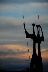 os candangos (Vitor Nisida) Tags: braslia df escultura distritofederal candangos serrado planaltocentral doisguerreiros