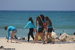 IMG_8751 (Streamer -  ) Tags: ocean sea people green beach nature students ecology up israel movement garbage sunday north group young cleanup clean teen shore bags  nonprofit streamer  initiative enviornment    ashkelon          ashqelon   volonteers      hofit