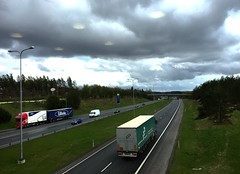 Road King & UFO's (e_impact) Tags: rain weather clouds truck drive spring highway break ufo 365 linnatuuli