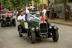 New Year, Cambodia (Stone.Rome) Tags: street new people classic car festival del happy automobile cambodge cambodia kambodscha fiesta year citroen voiture menschen personas celebration feliz fest año nuevo neues celebración camboya jahrfeier