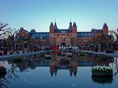 Museumplein (Gijlmar) Tags: sunset holland netherlands rotterdam europa europe nederland holanda hollande avrupa hollanda pasesbajos  nederlnderna pasesbaixos  roterdo   nizozemsko roterd