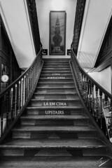 Upstair is Portugal (jcfasero) Tags: stairs portugal oporto bw blackwhite a vida portuguesa architecture sony rx100