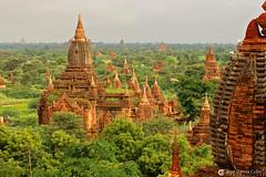 11-10-08 Myanmar (45) Bagan R01 (Nikobo3) Tags: asia myanmar birmania burma bagan culturas color paisajes naturaleza arquitectura architecture travel viajes monasterio pagodas nikon nikond200 d200 nikobo joségarcíacobo flickrtravelaward ngc nikon7020028gvrii