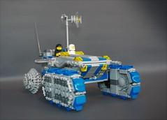 Classic space ATV-tank (4) (adde51) Tags: adde51 lego moc classic space classicspace atv tank vehicle moon