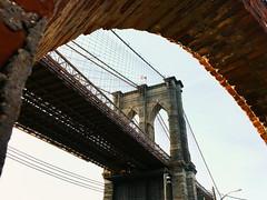 brooklyn bridge framed. (howard-f) Tags: nyc newyorkcity dumbonewyork cityscape urban urbanphotography iphone iphoneography cityview thebigapple dumbo massive vsco vscoam iphone6plus brooklyn brklyn bridges structures eastriver brooklynbridge framed oldbridge