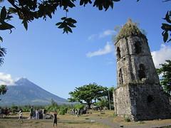 BEAUTY (PINOY PHOTOGRAPHER) Tags: daraga albay bicol bicolandia cagsawa ruins mayon volcano luzon philippines asia world sorsogon