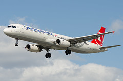 Airbus A321, TC-JSE, Turkish Airlines. (PRA Images) Tags: airbus lhr heathrowairport a321 egll turkishairlines tcjse