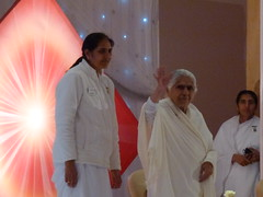 Dadi Janki The Compassionate Mind Leicester 102 (kiranparmar) Tags: indian leicester event question talks hindu speakers lectures answers dadijanki brahamkumaris