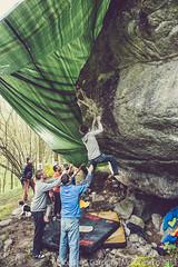 09_ragazzi provano climb for life woman
