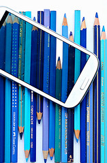 blue stilllife pencil phone samsung screen smartphone... (Photo: bloodybee on Flickr)