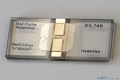 Newton Rings (kw2p) Tags: science laboratory newtonrings coverslip countingchamber modfuch modfuchrosenthal