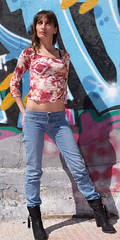 (infinitum Photography & Video Production) Tags: portrait woman girl 50mm graffiti donna nikon chica exterior jean boots outdoor retrato femme full jeans d750 fille ritratto bottes botas vaqueros botines lenght infinitum