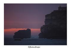 Nazar, Portugal. (Serapic) Tags: portugal portogallo nazare beach praia sun sunset tramonto sole mare ocean oceano atlantic light lighthouse