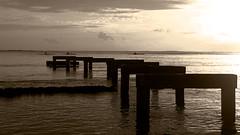 IMGP7114 NB (florent.stange) Tags: tahiti ponton pirogue vaa coucherdesoleil