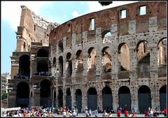 Coliseo de Roma (Italia, 1-7-2009) (Juanje Orío) Tags: italia roma 2009 patrimoniodelahumanidad whl0091 ruina estadio coliseo